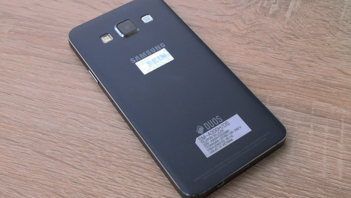 Review Smartphone Samsung Galaxy A3 Duos