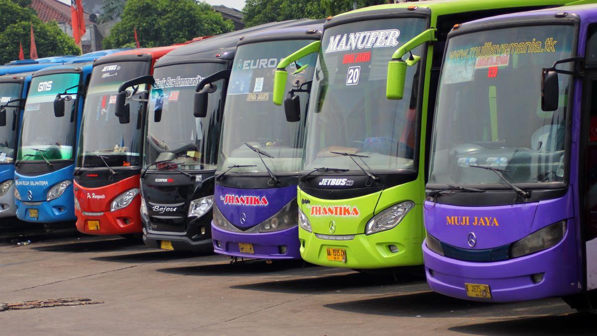 Update Kumpulan Situs Booking Tiket Bus Online Di Indonesia  Jakarta Parkir Photo