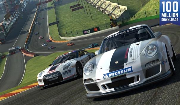 Banyak orang menyayangkan keputusan freemium ea walaupun ini juga mempunyai keuntungan karena dengan demikian semua orang bisa menikmati game racing