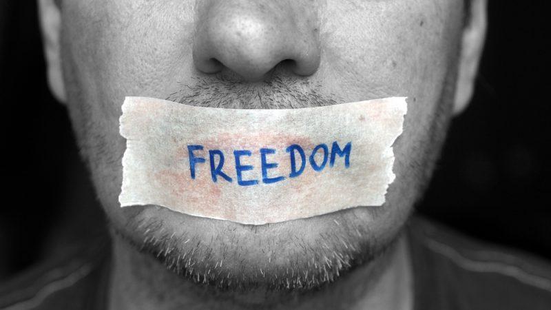 Kebebasan Berpendapat di Facebook Yusniar | Ilustrasi
