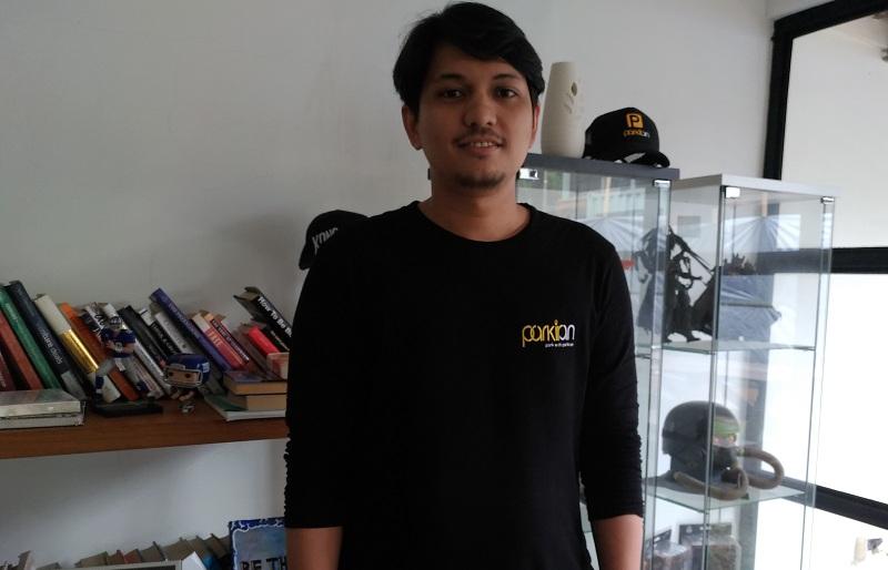 CEO & Founder Parkiran, Hatta Afkar