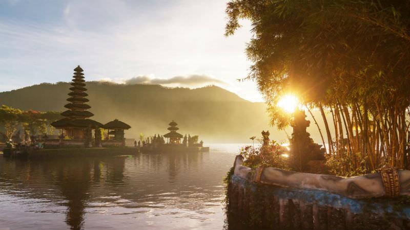 Pura_Ulun_Danu_Bali_Indonesia