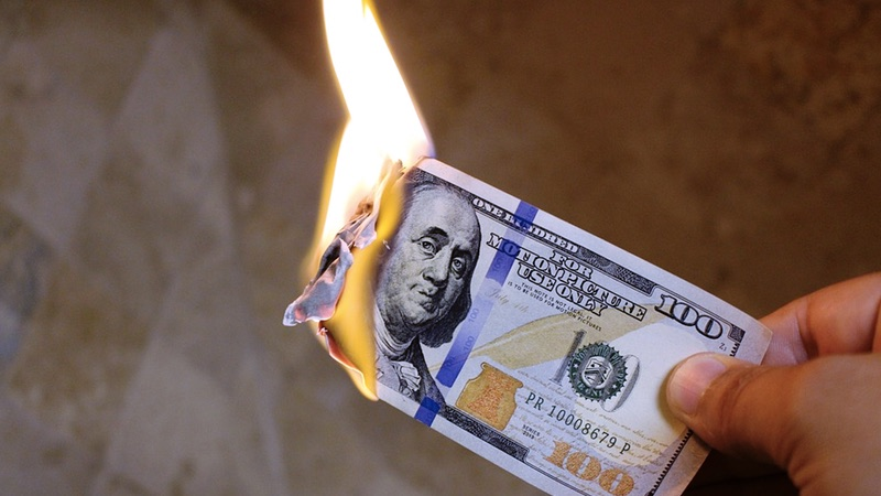 Burn Money | Photo