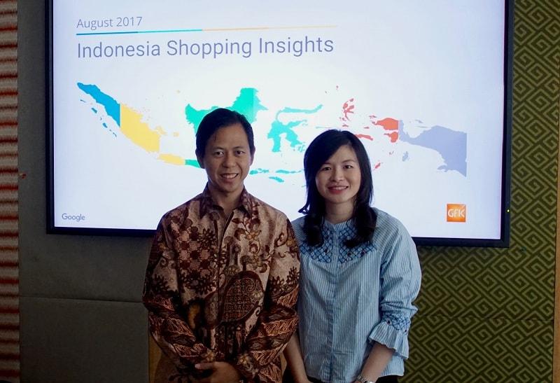 Head of E-commerce, Google Indonesia, Henky Prihatna (kiri) dan Vice President of Business Tokopedia, Melissa Siska Juminto