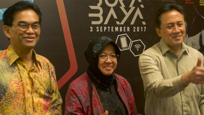 Hari Sungkari Tri Rismaharini Triawan Munaf | Photo