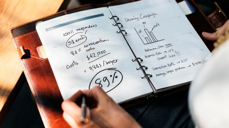 Judul Email | Data dan Fakta