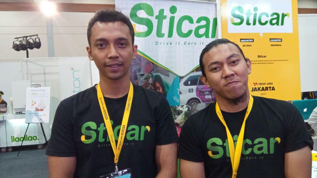 CEO Sticar, Rio Darmawan (kiri)