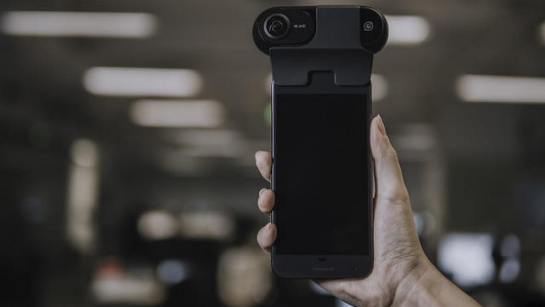 Insta360 One di smartphone Android