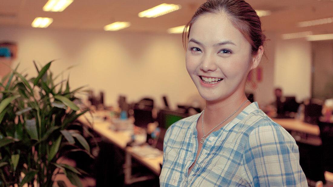 Female Office Worker | Photo 1