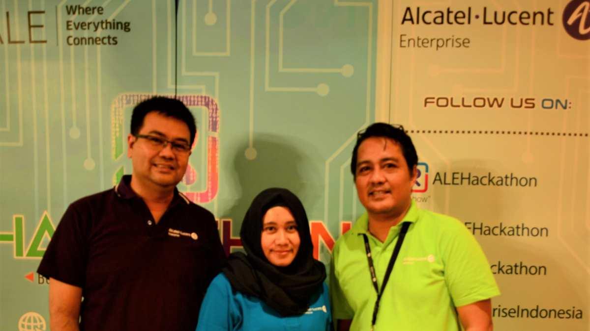 Manajemen ALE mengumumkan kompetisi ALE Hackathon 2018 | Photo
