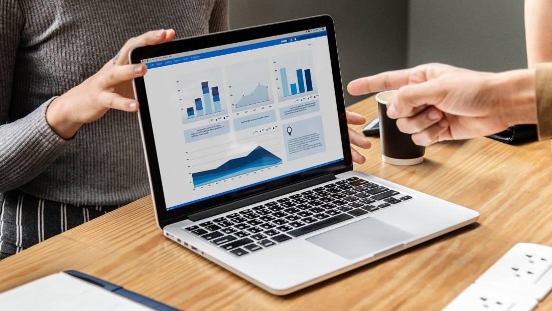 Ketika diskusi kenaikan gaji, sertakan data mengenai bagaimana kamu telah membantu perusahaan.